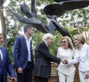 Τα αποκαλυπτήρια του «Δέντρου της Ειρήνης», το οποίο δώρισε η Μαριάννα Βαρδινογιάννη & ο Σύλλογος «Ελπίδα», τέλεσε ο Παυλόπουλος - Κυρίως Φωτογραφία - Gallery - Video