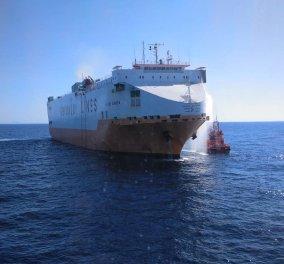 Πυρκαγιά σε επιβατηγό οχηματαγωγό πλοίο με 538 επιβάτες στο λιμάνι της Ηγουμενίτσας - Κυρίως Φωτογραφία - Gallery - Video