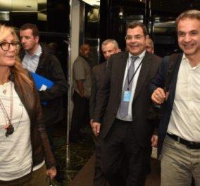 Στη Νέα Υόρκη ο Μητσοτάκης με τη σύζυγό του Μαρέβα - H άφιξη στο ξενοδοχείο (βίντεο)  - Κυρίως Φωτογραφία - Gallery - Video