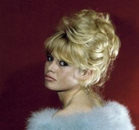 Η Μπριζίτ Μπαρντό σε απίθανο πορτραίτο 60's από τον μάγο της φωτογραφίας Sam Levin το 1963 (Φωτό) - Κυρίως Φωτογραφία - Gallery - Video