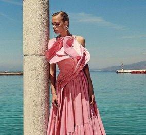 Στο Παρίσι ο Έλληνας σχεδιαστής Πάρης Βαλταδώρος παρουσίασε τη νέα του κολεξιόν στο Carrousel του Λούβρου (φώτο) - Κυρίως Φωτογραφία - Gallery - Video