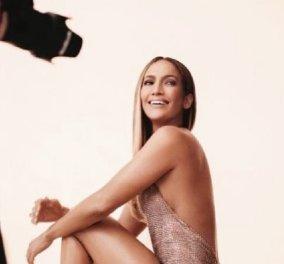 Η εμφάνιση της Τζένιφερ Λόπεζ που θα μείνει στην ιστορία- Η Λατίνα ντίβα με ολοκέντητη τουαλέτα της Σήλια Κριθαριώτη (φώτο) - Κυρίως Φωτογραφία - Gallery - Video