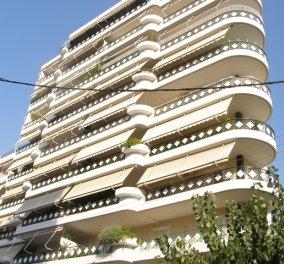 Aπίστευτο περιστατικό στο Γαλάτσι: Άνδρας έπεσε από τον 6ο όροφο και σώθηκε (φωτό) - Κυρίως Φωτογραφία - Gallery - Video
