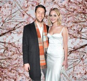 Νυφούλα ντύθηκε η Τζένιφερ Λόρενς - Ο γάμοςμε τον 34χρονο ωραίομνηστήρατης & δεκάδεςcelebrities - Φώτο & βίντεο - Κυρίως Φωτογραφία - Gallery - Video