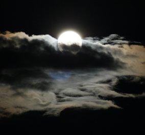 """Απόψε η """"Μαύρη Πανσέληνος"""" - Γιατί οι αστρολόγοι την χαρακτηρίζουν """"Το πιο δύσκολο φεγγάρι της χρονιάς""""  - Κυρίως Φωτογραφία - Gallery - Video"""