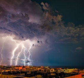 Καλοκαίρι τέλος - Έκτακτο δελτίο επιδείνωσης με καταιγίδες και χαλαζοπτώσεις - Κυρίως Φωτογραφία - Gallery - Video