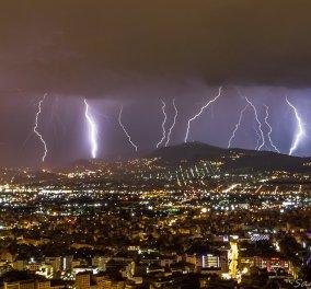 """Κυκλοφοριακό χάος στην Αττική λόγω της """"Βικτώριας"""" - Ποιοι δρόμοι είναι κλειστοί- Έως αργά το απόγευμα οι καταιγίδες (φώτο) - Κυρίως Φωτογραφία - Gallery - Video"""