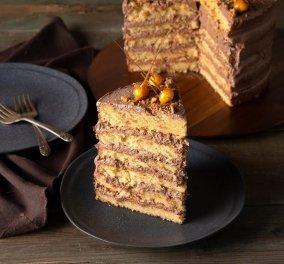 Ο Άκης Πετρετζίκης φτιάχνει υπέροχη τούρτα φουντουκιού & η εβδομάδα ξεκινάει γλυκά! (βίντεο) - Κυρίως Φωτογραφία - Gallery - Video
