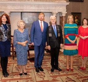 Φόρεμα με φτεράέβαλεη Βασίλισσα Μάξιμα της Ολλανδίας - Δαντέλες προτίμησεη ΒασιλομήτωρΜπεατρίξ - Φώτο - Κυρίως Φωτογραφία - Gallery - Video