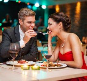 «Ο διακανονισμός του 21ου αιώνα»: Το εστιατόριο στη Σκωτία δίνει2 λογαριασμούς στα ζευγάρια - Ένα για τον κύριο- έναγια τηνκυρία - Κυρίως Φωτογραφία - Gallery - Video