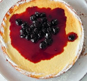 Ο Στέλιος Παρλιάρος παρουσιάζει: Αμερικάνικο cheese cake φούρνου - Οι Νεοϋορκέζοι είναι πολύ υπερήφανοι για αυτό το γλυκό - Κυρίως Φωτογραφία - Gallery - Video