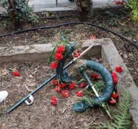 Ένταση στο ΑΠΘ: Κατέστρεψαν στεφάνι που κατέθεσε ο ΣΥΡΙΖΑ για το Πολυτεχνείο - Φώτο & βίντεο  - Κυρίως Φωτογραφία - Gallery - Video