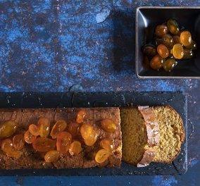 Βούτηγμα για τον καφέ σας από τον Άκη Πετρετζίκη: Κέικ με γλυκό του κουταλιού κουμκουάτ που θα λατρέψετε!   - Κυρίως Φωτογραφία - Gallery - Video