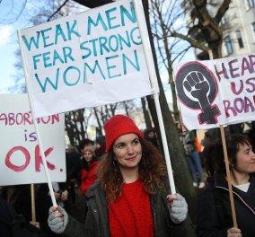 Η θέση της γυναίκας : Ανασκόπηση & σταθμοί της δεκαετίας - Οι γυναικοκτονίες - ο βιασμός - το κίνημα #MeToo - Κυρίως Φωτογραφία - Gallery - Video