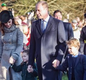 Όλες οι φωτογραφίες & τα βίντεο από τα Χριστούγεννα της βασιλικής οικογένειας της Βρετανίας στον πύργο τους στοΣάντριγχαμ - Κυρίως Φωτογραφία - Gallery - Video