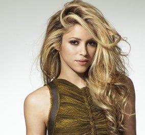 Η Shakira όπως δεν την έχουμε δει ποτέ - Θηλυκή μεfeeling μοιραίας γυναίκας - Κυρίως Φωτογραφία - Gallery - Video