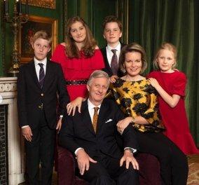 Βασιλικές ευχές από το Βέλγιο: Η βασίλισσα Ματθίλδη & ο βασιλιάς Φίλιππος με τα 4 παιδιά τους (φώτο) - Κυρίως Φωτογραφία - Gallery - Video