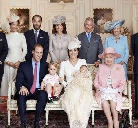 Χριστουγεννιάτικες παραδόσεις της βασιλικής οικογένειας της Μεγάλης Βρετανίας - Κυρίως Φωτογραφία - Gallery - Video