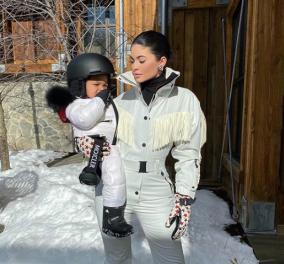 12 εκατομμύρια είδαν αυτόν τον πιτσιρικά στο βίντεο να γλιστράει στο χιόνι με παγοπέδιλα - Ποιος είναι; - Κυρίως Φωτογραφία - Gallery - Video