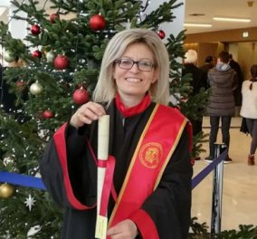 Top Woman η δασκάλαΜαριάνθη Αρβανιτίδου που διδάσκει μαθήματα με ζωγραφιές και τραγούδια  - Κυρίως Φωτογραφία - Gallery - Video