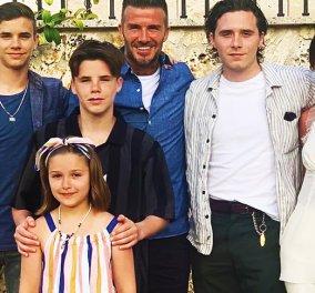 Η Victoria Beckham βάφτισε τα δυο της παιδιά, Harper & Cruz Beckham - Η οικογενειακή φωτογραφία στο Instagram - Κυρίως Φωτογραφία - Gallery - Video