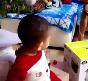 Βίντεο που προκαλεί σάλο: Δίνουν σε 3χρονο αγόρι να πιει μπύρα - Κυρίως Φωτογραφία - Gallery - Video