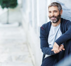 Λιποθύμησε επί σκηνής ο Θοδωρής Αθερίδης - Μεταφέρθηκε στο νοσοκομείο - Κυρίως Φωτογραφία - Gallery - Video