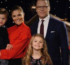 Με κατακόκκινο παλτό & σύνολο η πριγκίπισσα Βικτώρια της Σουηδίας - Η οικογένεια επιλέγει το χριστουγεννιάτικο δέντρο (φώτο- βίντεο) - Κυρίως Φωτογραφία - Gallery - Video