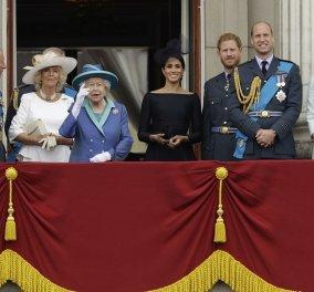 Κρίση στο Μπάκιγχαμ: Η βασίλισσα Ελισάβετ καλεί σε έκτακτη σύσκεψη Κάρολο , Ουίλιαμ & Χάρι - Η Μέγκαν στο skype από Καναδά (φώτο) - Κυρίως Φωτογραφία - Gallery - Video