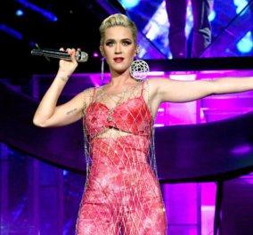 """Η Katy Perry σε φανταστικές πόζες για τη Vogue μιλά για την κατάθλιψη - """"Έπεσα πολύ χαμηλά"""" (φώτο) - Κυρίως Φωτογραφία - Gallery - Video"""