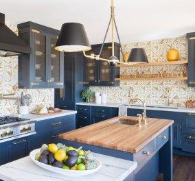 Εσωτερική ή εξωτερική κουζίνα: Στο αφιέρωμα αυτό θα δείτε μία ονειρεμένη στην Καλιφόρνια που συνδυάζει & τα δύο (φωτό) - Κυρίως Φωτογραφία - Gallery - Video
