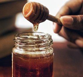 Μέλι στο πρόσωπο: Οι ευεργετικές ιδιότητες που έχει στο δέρμα και την ομορφιά - Κυρίως Φωτογραφία - Gallery - Video