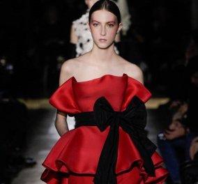 Valentino Couture 2020: Η νέα κολεξιόν με τα απίθανα καλοραμμένα κομμάτια στην πασαρέλα του διάσημου οίκου μόδας (φωτό) - Κυρίως Φωτογραφία - Gallery - Video