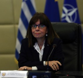 Live το τηλεοπτικό μήνυμα της Προέδρου της Δημοκρατίας, Κατερίνας Σακελλαροπούλου - Κυρίως Φωτογραφία - Gallery - Video