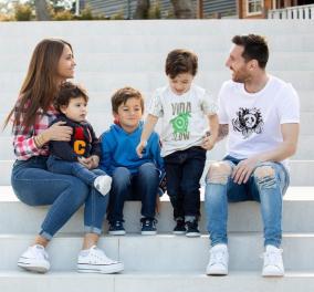 Lionel Messi: Καταπληκτική τρυφερή φωτό με τα τρία μωρά του να διαβάζουν παραμύθια στο κρεβάτι - Κυρίως Φωτογραφία - Gallery - Video