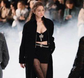 Παρίσι: Όπως πάντα η Chanel έκλεψε τις εντυπώσεις με εντυπωσιακά μοντέλα & φανταστικά ρούχα (φωτό - βίντεο) - Κυρίως Φωτογραφία - Gallery - Video