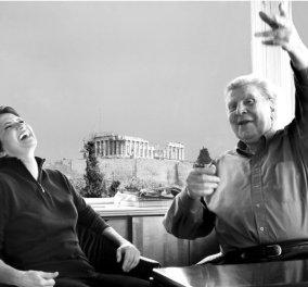 Υπέροχες παλιές φωτό της Άλκηστις Πρωτοψάλτη με τον Μίκη Θεοδωράκη & θέα την Ακρόπολη  - Κυρίως Φωτογραφία - Gallery - Video