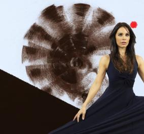 Δραματικές ώρες στην Ιταλία περιγράφει η παρουσιάστρια  Χριστίνα Γουλιελμίνο on camera:  - Δυστυχώς το Πάσχα οι Ιταλοί σκέφτονται να βγουν - Κυρίως Φωτογραφία - Gallery - Video