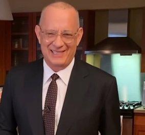O Tom Hanks παρουσιάζει από το σπίτι του το Saturday Night Live: Κανείς δεν με θέλει λόγω κορωνοϊού! (βίντεο) - Κυρίως Φωτογραφία - Gallery - Video
