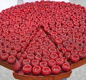 Αυτή είναι η ωραιότερη τάρτα φραμπουάζ στον πλανήτη: Την έφτιαξε ο καλύτερος ζαχαροπλάστης στον κόσμο με 1,5 εκατ. followers - Κυρίως Φωτογραφία - Gallery - Video