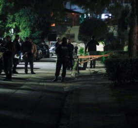 Μαφιόζικη εκτέλεση στη Βούλα: Δολοφονήθηκε 70χρονος Βέλγος επιχειρηματίας στην πιλοτή του σπιτιού του (Φωτό) - Κυρίως Φωτογραφία - Gallery - Video