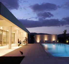 Αυτά τα σπίτια με τις μυθικές πισίνες υπάρχουν κάπου στην Ελλάδα με δημιουργούς το αρχιτεκτονικό γραφείο ISV (φωτό) - Κυρίως Φωτογραφία - Gallery - Video