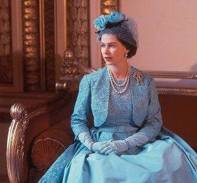 Επιτέλους η βασίλισσα Ελισάβετ έκανε την πρώτη εμφάνιση της μετά την καραντίνα – Η 94χρονη με βεραμάν μαντό, περίτεχνο καπέλο, γαντάκι & πέρλες (Φωτό)  - Κυρίως Φωτογραφία - Gallery - Video