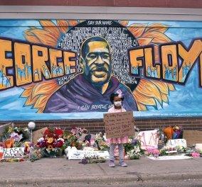 Το eirinika παρουσιάζει τα 10 βίντεο που συγκλονίζουν μετά την δολοφονία του #GeorgeFloyd & κάνουν τον γύρο του κόσμου - Watch them - Κυρίως Φωτογραφία - Gallery - Video