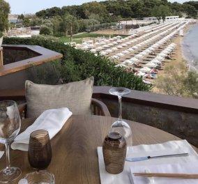 Καλοκαίρι 2020 στο εστιατόριο Ιθάκη με ειδυλλιακό περιβάλλον, πανοραμική θέα στην θάλασσα & απόλυτη αυτονομία τραπεζιών - Κυρίως Φωτογραφία - Gallery - Video