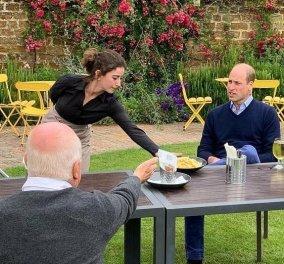 """""""Σούπερ Σάββατο"""" στη Μ.Βρετανία: Ξανανοίγουν κομμωτήρια, εστιατόρια & παμπ - Οι φόβοι για """"αναζωπύρωση"""" & το μήνυμα του πρίγκιπα William (φωτό) - Κυρίως Φωτογραφία - Gallery - Video"""
