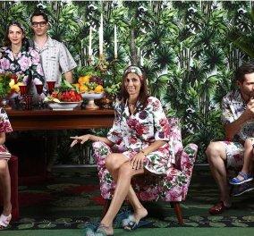 Dolce & Gabbana: Υπέροχες πυτζάμες για όλη την ημέρα μέσα στο σπίτι – Τα εμβληματικά τριαντάφυλλα (Φωτό)  - Κυρίως Φωτογραφία - Gallery - Video