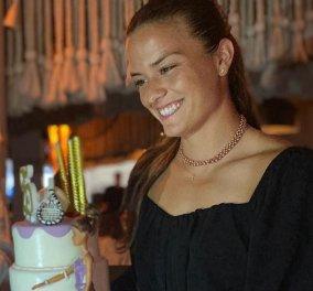 Μαρία Σάκκαρη: Η άκρως θηλυκή εμφάνιση για τα 25α γενέθλιά της - Το πάρτι στη Βουλιαγμένη (φωτό) - Κυρίως Φωτογραφία - Gallery - Video