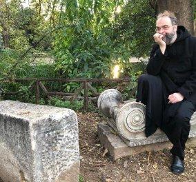 Ο Ανδρέας Κονάνος ήταν ιερέας – Τώρα γίνεται life coach: Δεν πετάω τα ράσα, τα αποχωρίζομαι για να μιλάω με περισσότερη ανοιχτοσύνη - Κυρίως Φωτογραφία - Gallery - Video