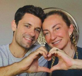 Οκτώ χρόνια μαζί γιορτάζουν ο Αποστόλης Τότσικας & η Ρούλα Ρέβη - «Για πάντα… Γιατί όχι;» (Φωτό)  - Κυρίως Φωτογραφία - Gallery - Video